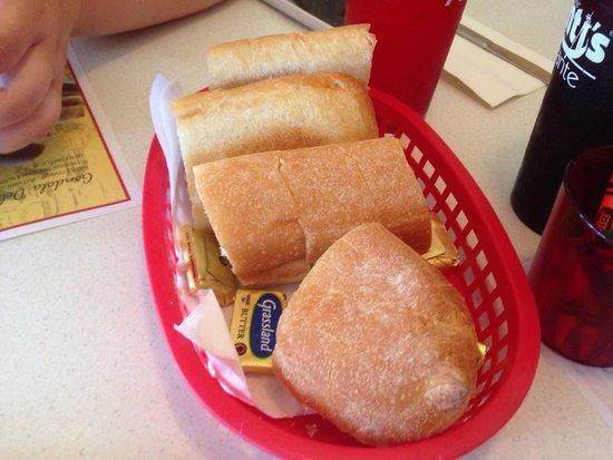 Avanti S Italian Restaurant Bread