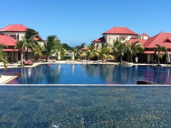 Tamassa: vue de la grande piscine.