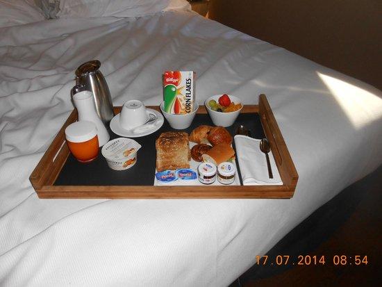 Grand Hotel Central: Frokost servert på rommet
