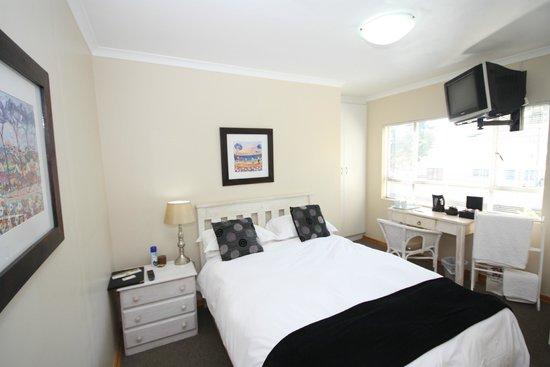 Marren House : Bedroom 1