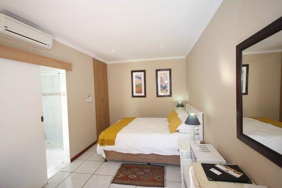 Marren House : Bedroom 6