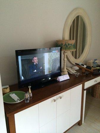 Villa Aria Muine: Телевизор