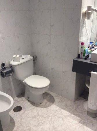 H10 Gran Tinerfe: bathroom