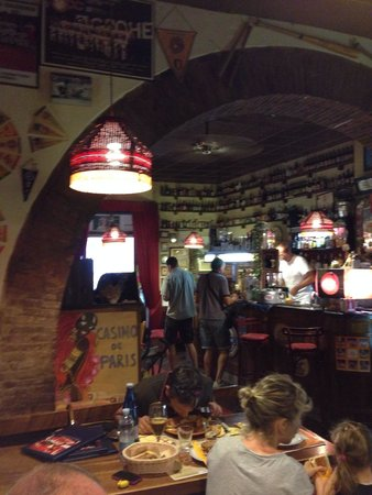 Hungry Years: Il locale