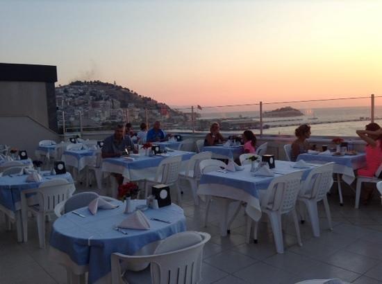 Derici Hotel : the rooftop restaurant