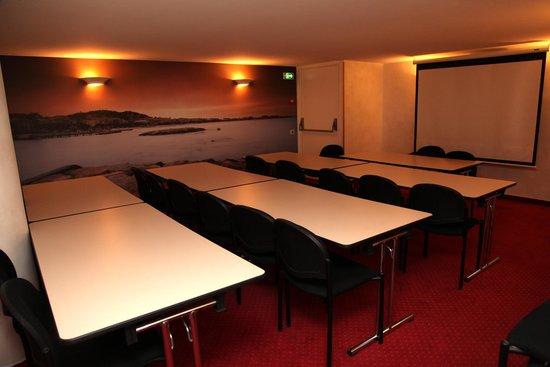Hotel Cannes Gallia : Salle de séminaire