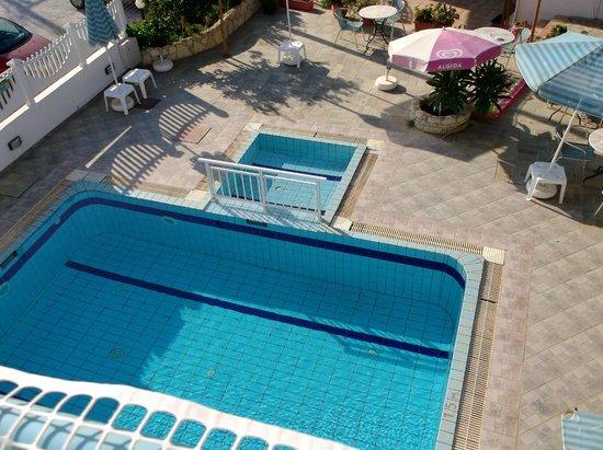 Julia Apartments: The Pool