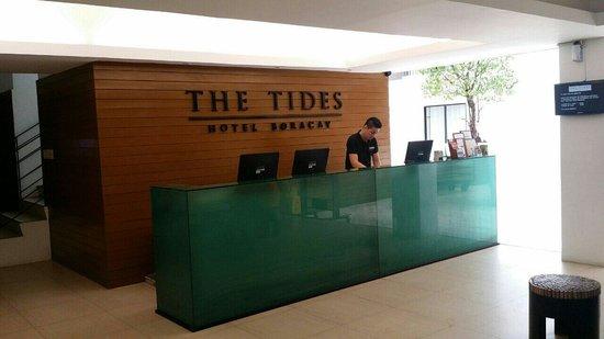 The Tides Boracay: Hotel reception