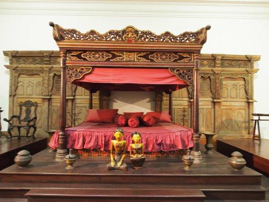 Musée national : Tempat tidur raja Yogyakarta