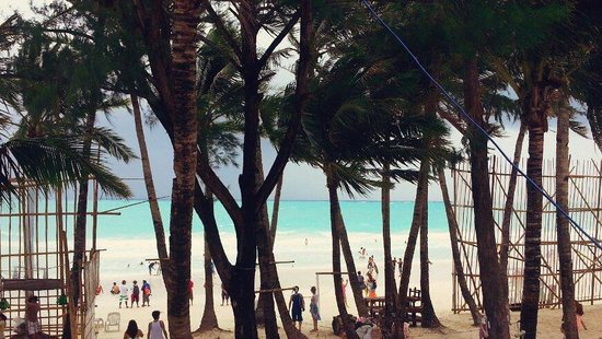 The Tides Boracay: Beach area