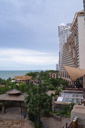 Centara Grand Mirage Beach Resort: Вид2