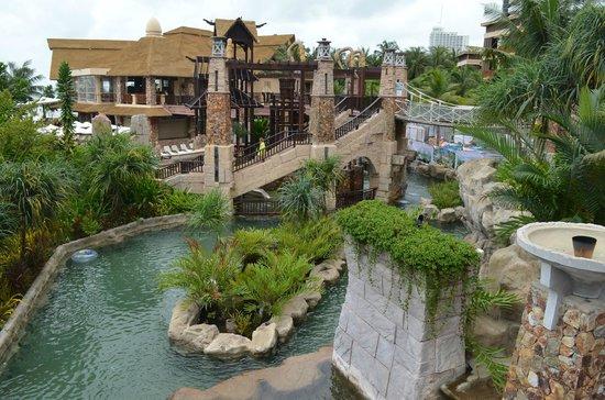 Centara Grand Mirage Beach Resort Pattaya: Бассейн