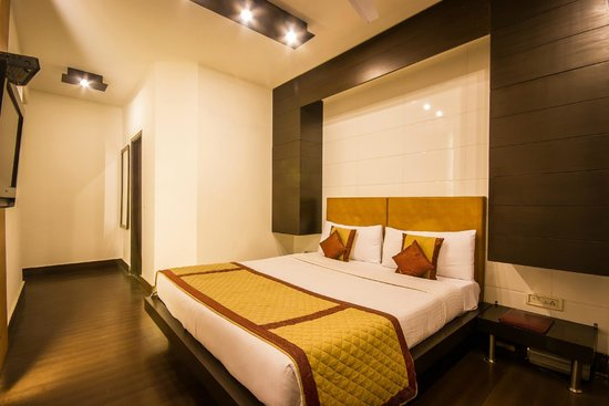 Hotel Good Palace: Deluxe Double Room