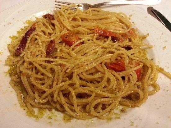 Ristorante della Masseria Bandino : spaghetti di Gragnano con Muddhìca...