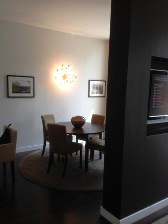 London Marriott Hotel Grosvenor Square: Room #116