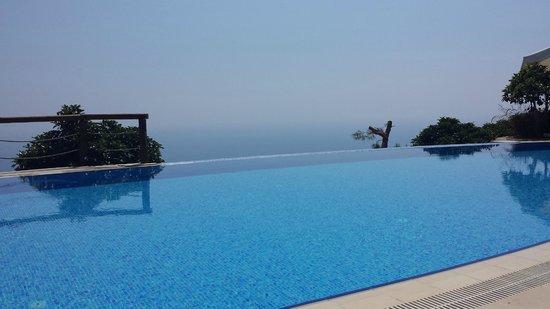 Lissiya Hotel: Pool