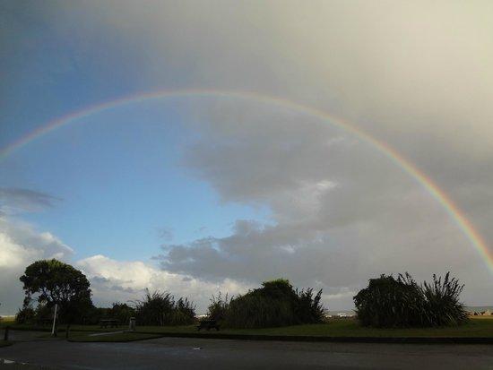 Beachfront Hotel Hokitika : A celestial Promise...NZ was Paradise !