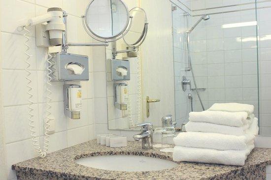Alt Lohbrügger Hof: Bathroom