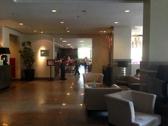 Grands I Hotel : Lobby + Reception Area