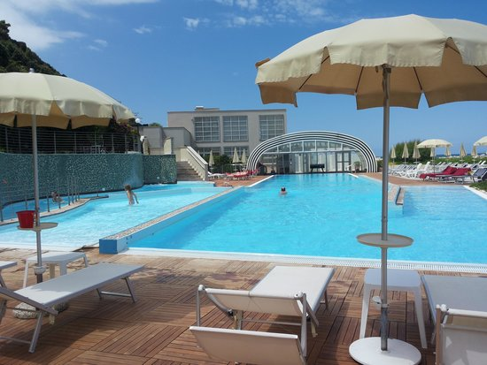 Towers Hotel Stabiae Sorrento Coast : Piscina
