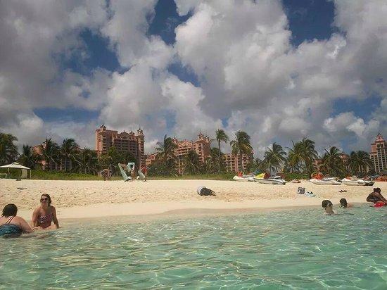 Atlantis, Beach Tower, Autograph Collection: Beach close to beach tower
