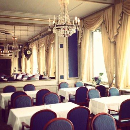 Grand Hotel Saltsjobaden: Dining hall, breakfast area