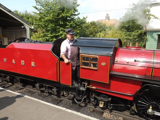Romney, Hythe and Dymchurch Railway: little train
