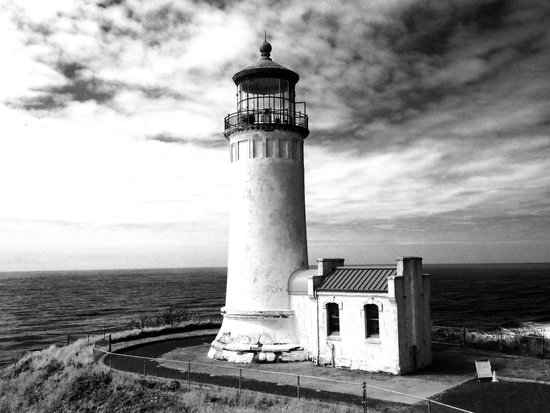 North Head Lighthouse: Sentinel of the Point