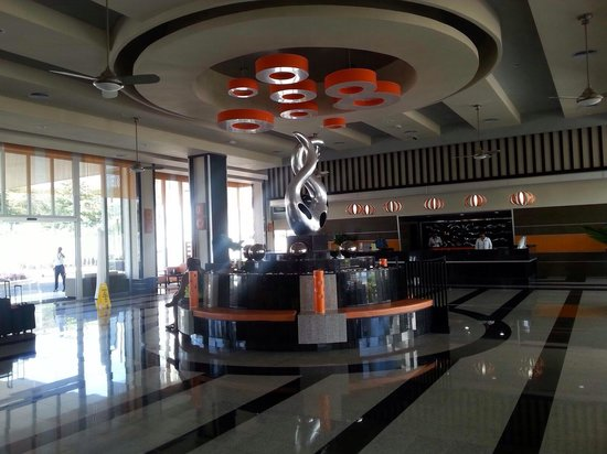 Hotel Riu Palace Jamaica: Lobby of riu hotel..