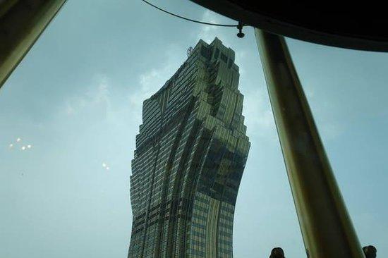 Hotel Lisboa Macau: エレベーターからグランドリスボア