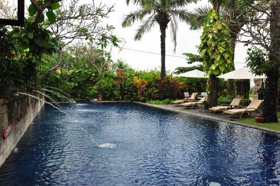 Hotel Tugu Bali: Pool