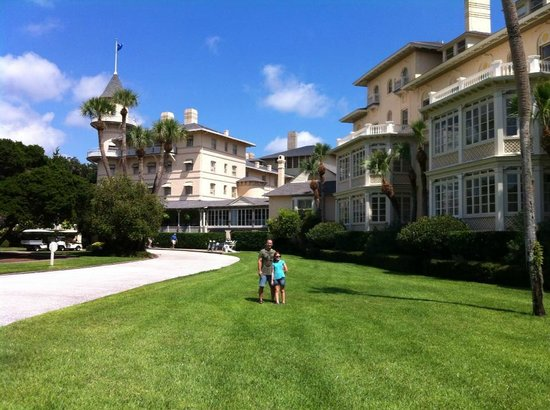 Jekyll Island Club Resort : The hotel is situated wonderfully