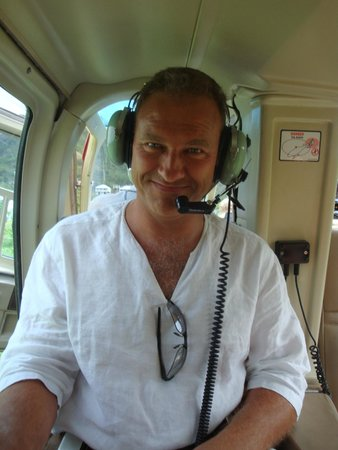 Caribbean Helicopters: happy man