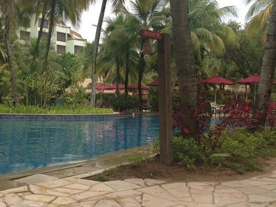 PARKROYAL Penang Resort, Malaysia : Relaxing by the pool