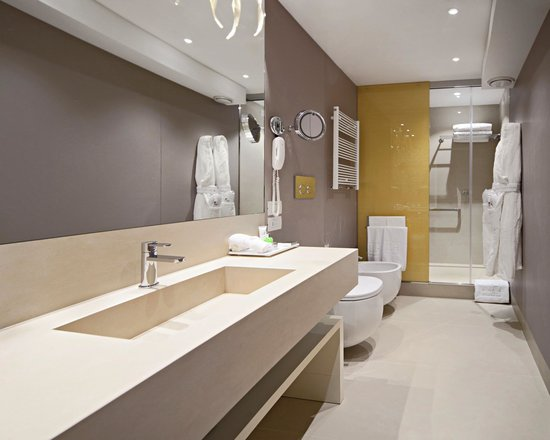 NH Collection Venezia Palazzo Barocci: Bathroom - Superior Room