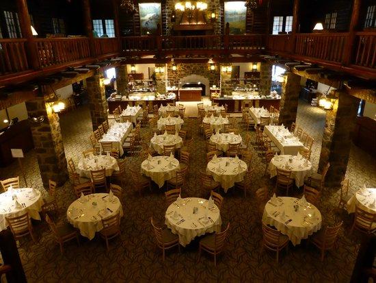 Fairmont Le Chateau Montebello: Salle à manger