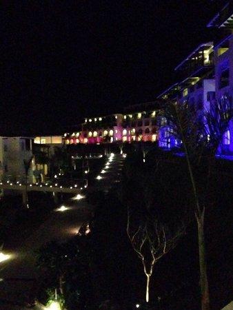 Secrets Puerto Los Cabos Golf & Spa Resort: Night