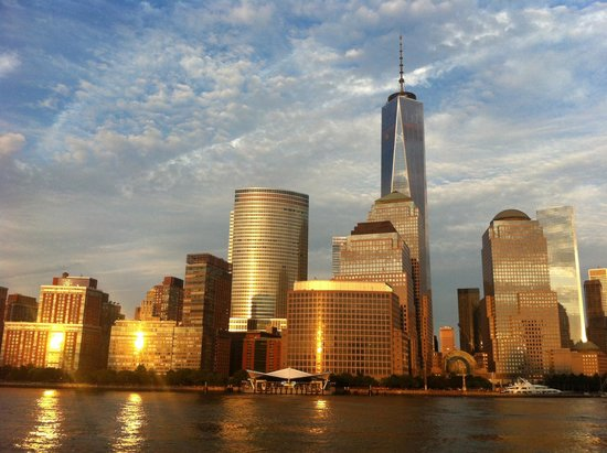 Bateaux New York: Superbe reflets du soleil sur la skyline