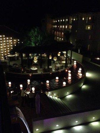 Secrets Puerto Los Cabos Golf & Spa Resort: El patio I think