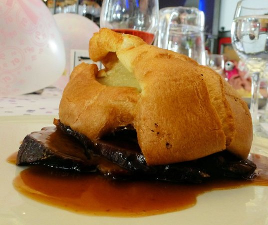 The Boatyard Restaurant : The Yorkshire Pudding Challenge!