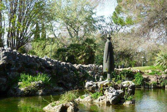 Parc Borély : la fontaine aux oiseaux de Folon