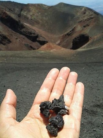 Agriturismo Tenuta San Michele: Etna 13 jul 2014 mon anniversaire !