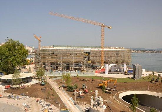 Hotel Bahía Santander: Centro Botín de Renzo Piano desde el hotel Bahía.