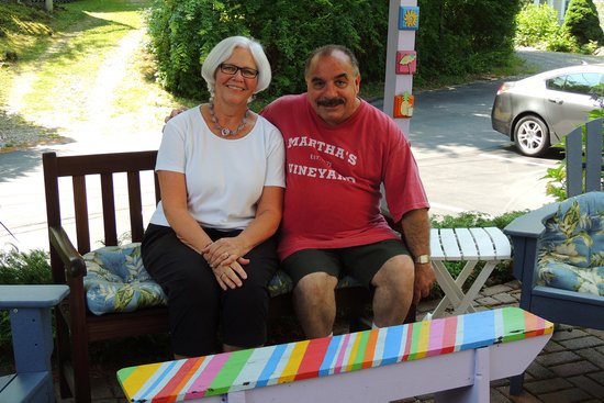 Yardarm Village Inn : Frankie and Berlee of The Yardarm Village on Patio