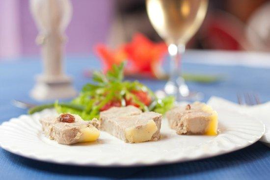 Coin du foie gras Behenjy : foie gras trois saveur: nature, raisin, poivre vert