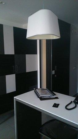 Hotel Valentina: inside the room