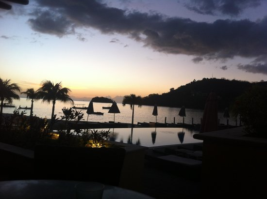 Buccament Bay Resort: Sunset at Buccament
