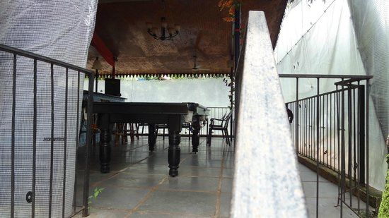 Castle House Palolem South Goa : Dining space with a recreational space