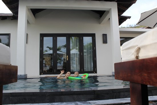 Amiana Resort : at swimming pool in front of bedroom.