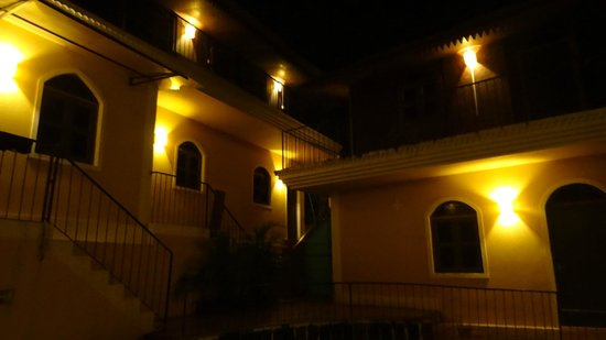 Castle House Palolem South Goa : View at night